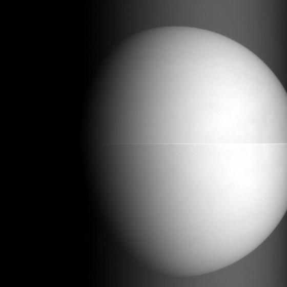 あかつきが撮影した金星。画像提供:(C) 宇宙航空研究開発機構(JAXA)
