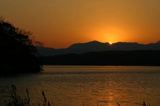 日没直後の大沼