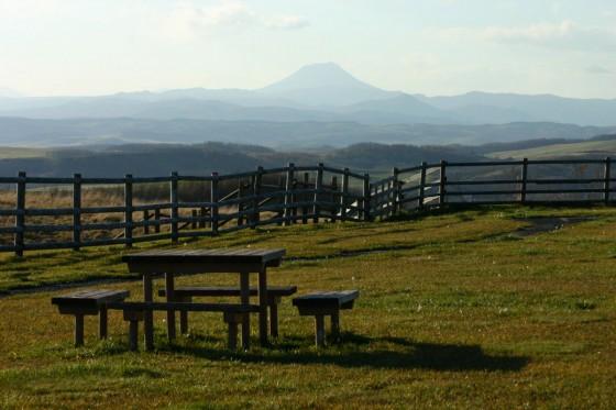 多和平展望台から雄阿寒岳を望む 2006年11月撮影