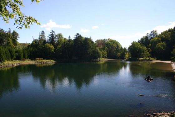 太郎湖2 登山道を登っていくと10分ぐらいでこの眺めが見える