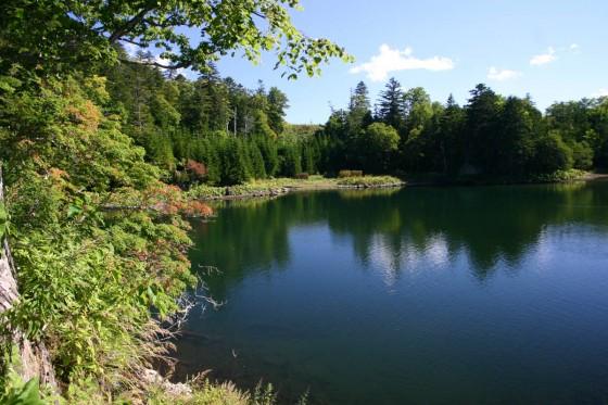 太郎湖 雄阿寒岳の裾野にひっそりと佇む秘湖